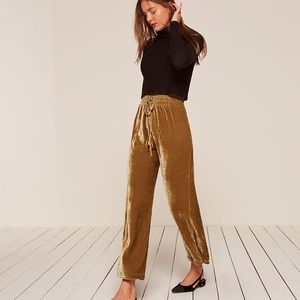 NWOT REFORMATION Stefan Pant in Gold Velvet